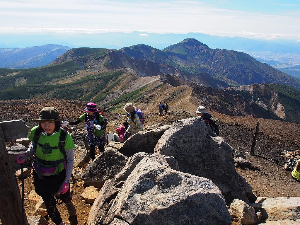 9月28日、新得コースから十勝岳-下山編-_f0138096_17382692.jpg