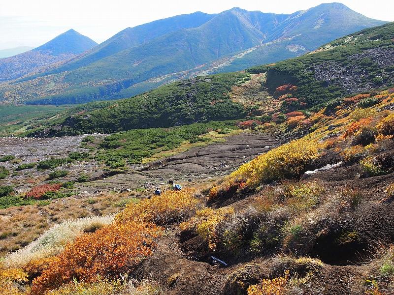 9月28日、新得コースから十勝岳-下山編-_f0138096_17393354.jpg