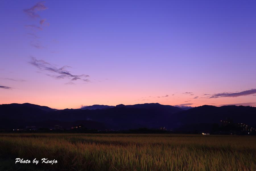 夕暮れの空。。。_a0097006_113832.jpg
