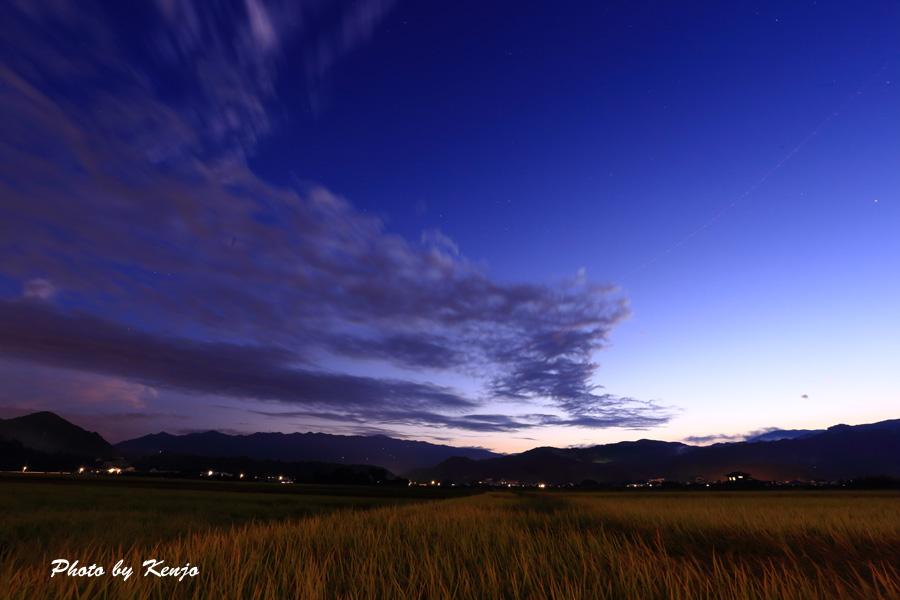 夕暮れの空。。。_a0097006_1165314.jpg