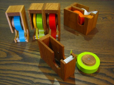 giraffe designさんのテープカッター_b0100229_16112214.jpg