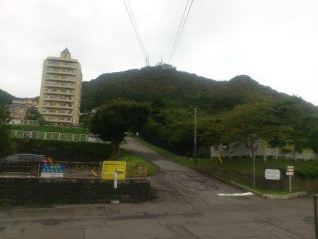函館山ロープウェイ山麓駅より_b0106766_21505435.jpg