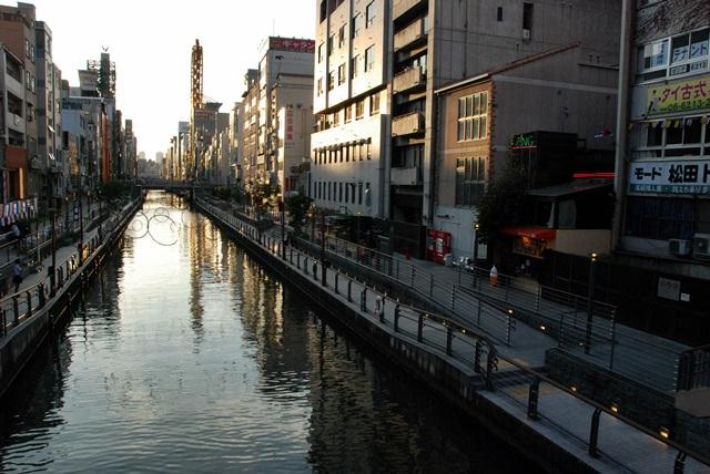 道頓堀にフジマル醸造所あらわる!?_f0097199_1850167.jpg