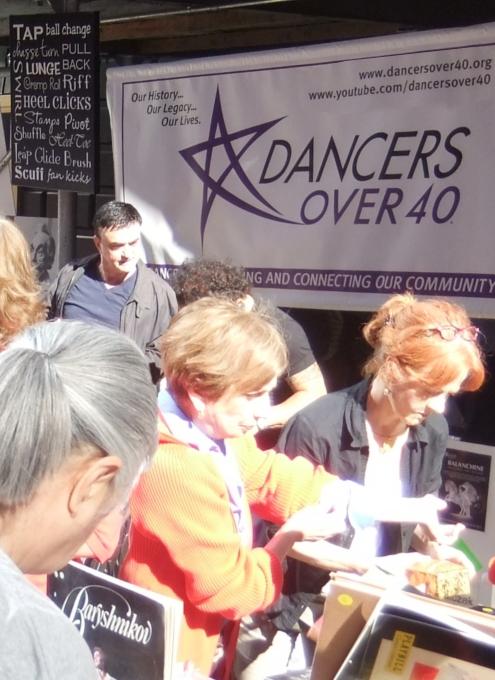 40歳以上のダンサーたち dancers over 40_b0007805_14264146.jpg