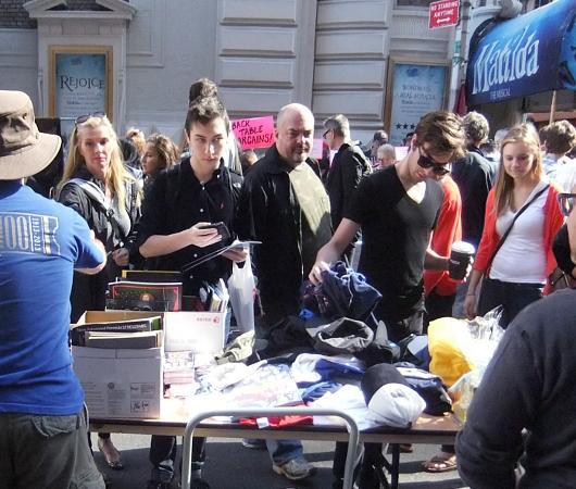 ブロードウェイ・フリーマーケット Broadway Flea Market 2013_b0007805_2203211.jpg
