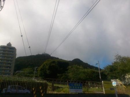 曇り空の函館山_b0106766_2381913.jpg