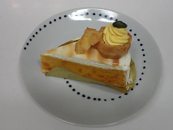 コージーコーナーで秋のケーキ_e0230011_1775620.jpg