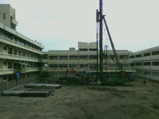 新校舎建設工事パート5_d0004447_22375915.jpg