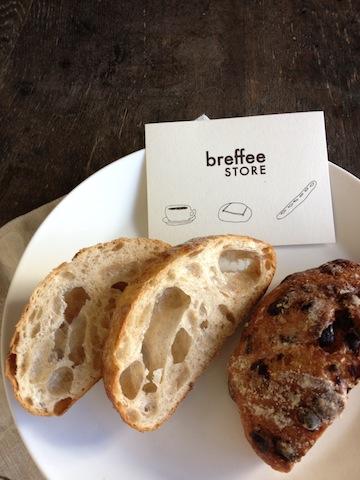 breffee STOREさんのパン販売。_e0060555_16285311.jpg