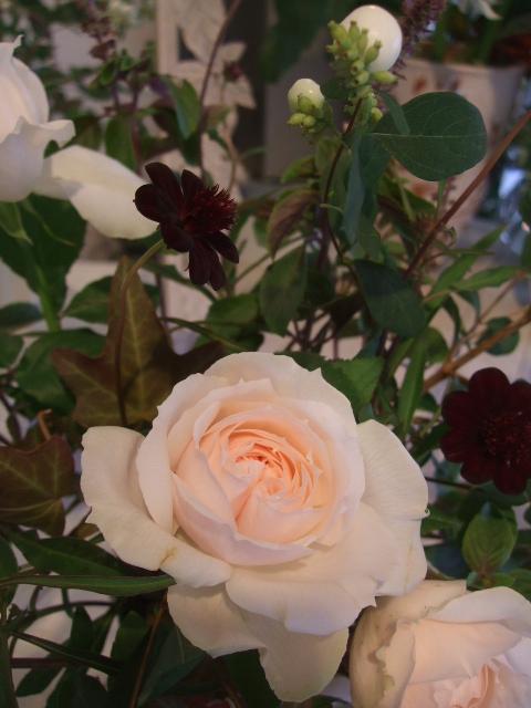 オークリーフ花の教室(赤地さんと宮原さんの作品)_f0049672_15305081.jpg