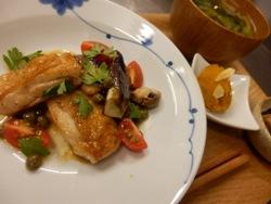 10/3晩ごはん:鶏モモ肉のソテー~ケッパーバターソース~_a0116684_19544548.jpg