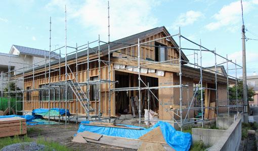 Q1住宅-X3青森:ブラインド内蔵木製サッシU値0.9〜0.7W/m2K_e0054299_1033547.jpg