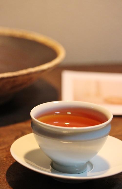 器、そして「やんばる紅茶」_b0220318_5112658.jpg