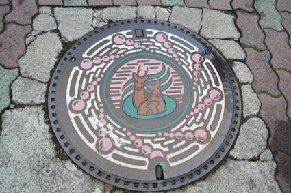 マンホールのふた 「長野県上田市」_e0228938_9545651.jpg