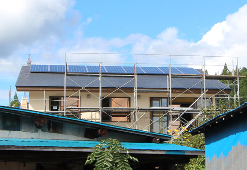 5kW鷹巣の家:太陽光パネル_e0054299_13552283.jpg