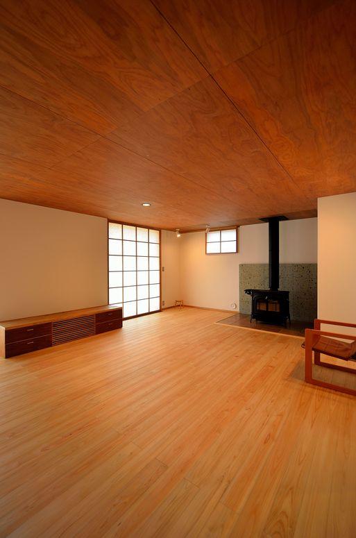 Fさんの家 「とりあえず」完成(3) 居間_a0039934_17253894.jpg