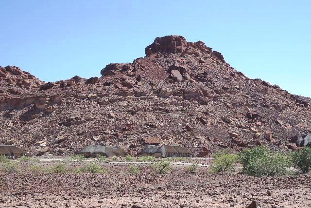 ナミビアの旅(30) カオコランドのオプウォ・カントリーロッジへ _c0011649_20431620.jpg