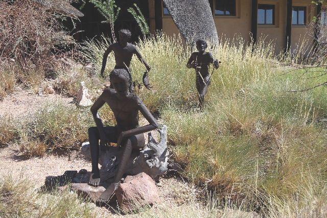 ナミビアの旅(30) カオコランドのオプウォ・カントリーロッジへ _c0011649_20543548.jpg