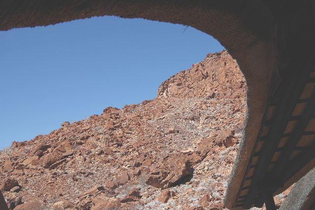 ナミビアの旅(30) カオコランドのオプウォ・カントリーロッジへ _c0011649_20582968.jpg