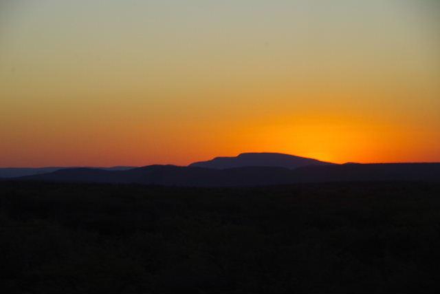 ナミビアの旅(30) カオコランドのオプウォ・カントリーロッジへ _c0011649_2175713.jpg