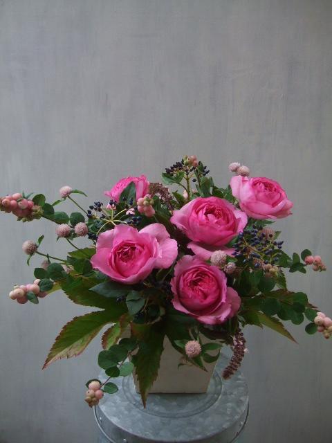 オークリーフ(秋バラと実もののアレンジメントⅠ)_f0049672_1149137.jpg