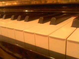 **ハプニング大賞@ピアノ演奏会**_d0147488_2193712.jpg