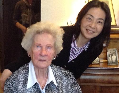 ロピセーターの本:104歳のアイスランド人おばあちゃんが編むほっこりニット裏話_c0003620_3462834.jpg