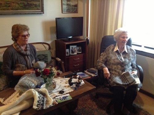 ロピセーターの本:104歳のアイスランド人おばあちゃんが編むほっこりニット裏話_c0003620_3572889.jpg