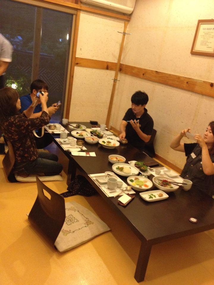 韓国のシェルティブリーダー、ジョンさん宅にお邪魔しました_f0126965_21554124.jpg