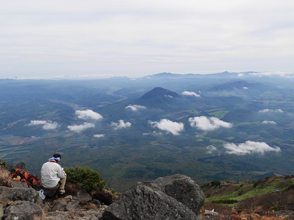 10月5日、羊蹄山を喜茂別コースから_f0138096_1291638.jpg