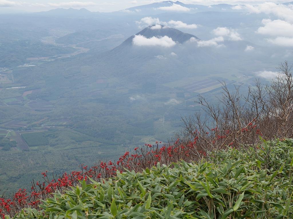 10月5日、羊蹄山を喜茂別コースから_f0138096_1294656.jpg
