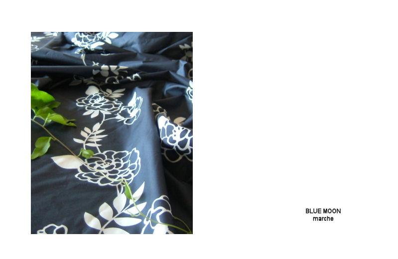 紺地に白の花柄_f0177409_15223470.jpg