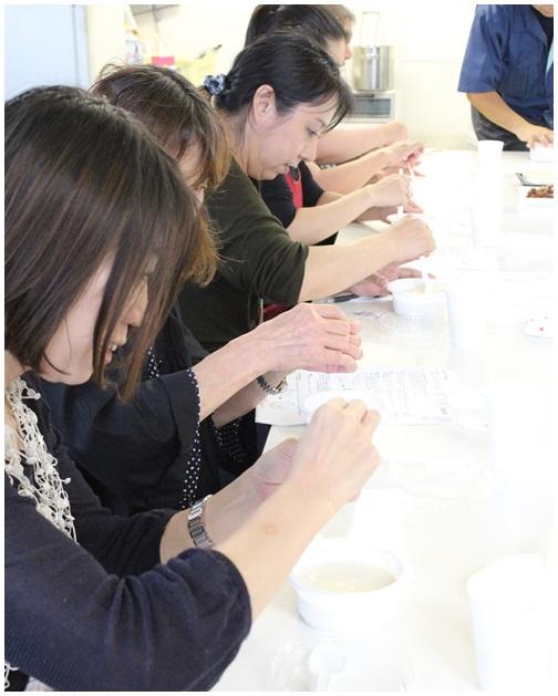 ワイナリーツアー 後半は豆腐工場見学!_c0141025_22111189.jpg