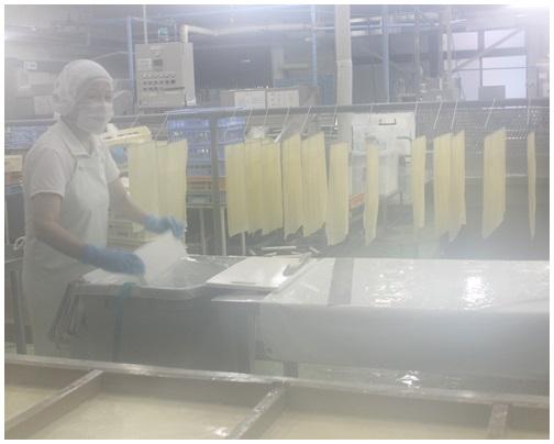 ワイナリーツアー 後半は豆腐工場見学!_c0141025_2233024.jpg