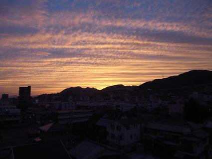 秋の夕暮れ_b0096638_1730919.jpg