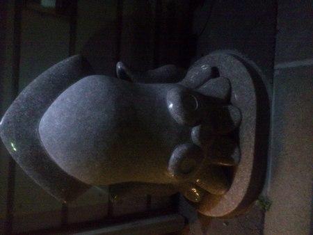 函館には光るいか石像が_b0106766_21505062.jpg