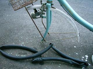 自転車チューブ交換_a0064474_16322493.jpg
