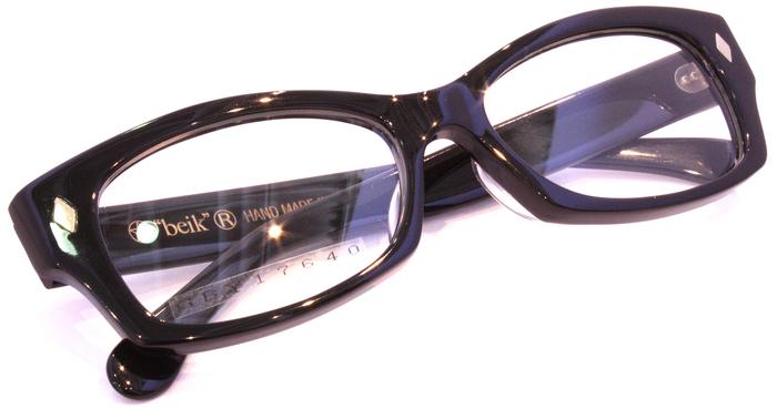 「Black Frame」_f0208675_17193155.jpg