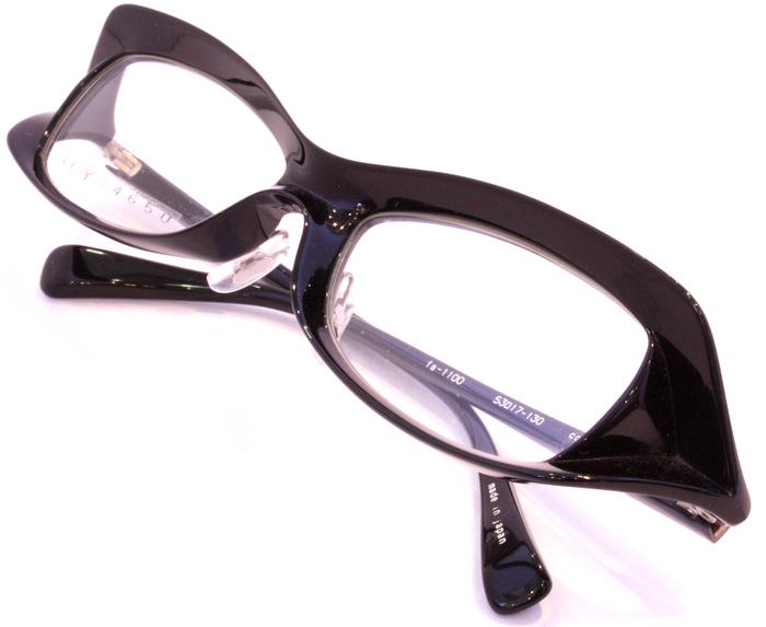 「Black Frame」_f0208675_17194236.jpg