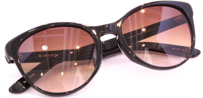 「Black Frame」_f0208675_172157.jpg
