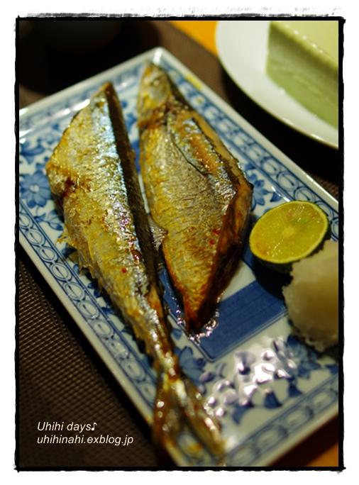 フライパン で 秋刀魚の塩焼き!_f0179404_2114980.jpg