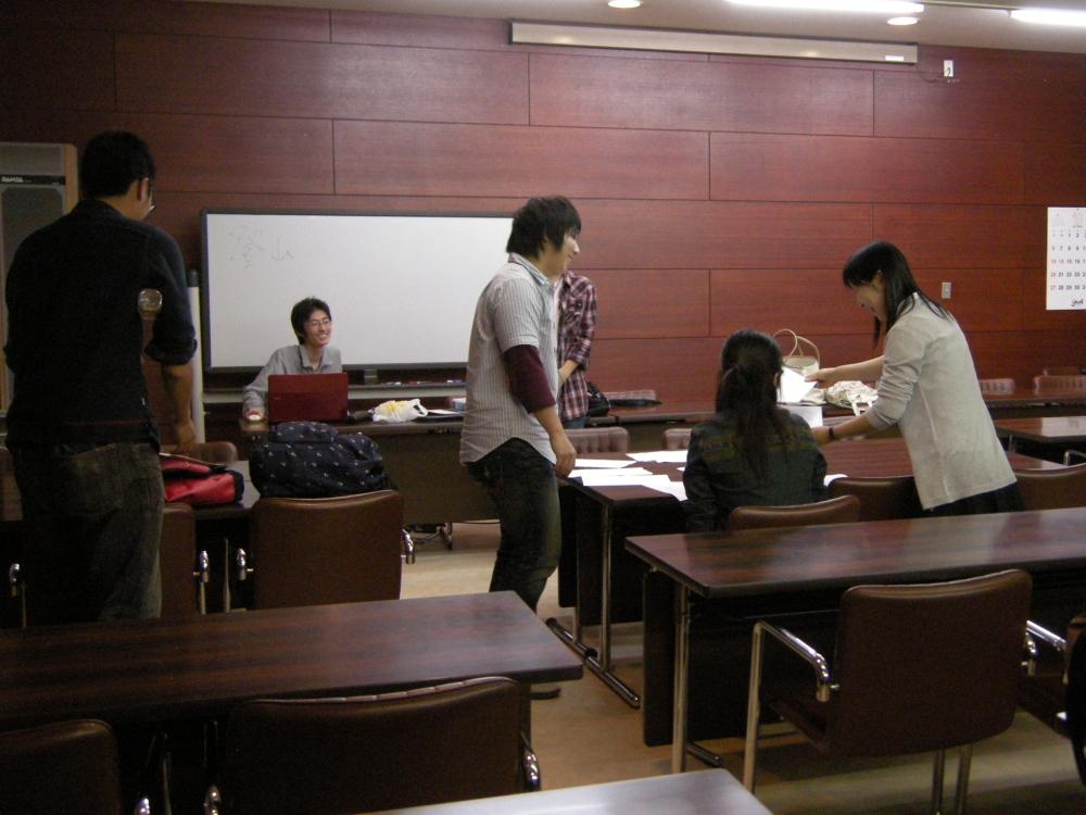 13/10/08 学習会_f0202120_23554729.jpg