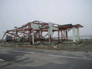 日本一小さな漁港だった。_d0027486_8101135.jpg