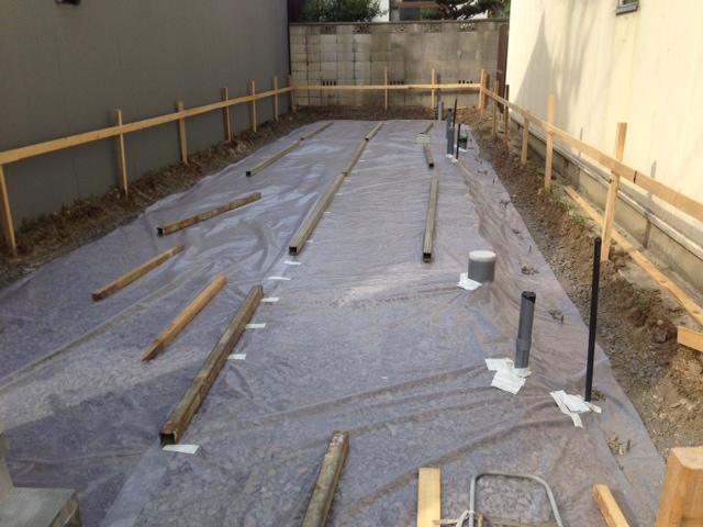 S邸 基礎工事始まりました。_b0283089_20444014.jpg