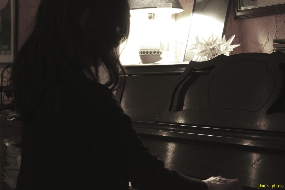 Pianist Mikiko Kou _a0158797_1044314.jpg