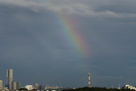 虹と夕焼け_e0237625_12345055.jpg