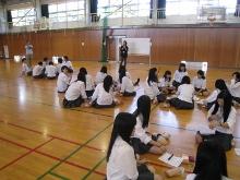 新潟県立新潟向陽高等学校にて、2種類4ワークショップを行いました。_c0167632_1355110.jpg