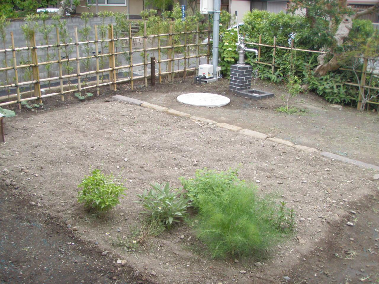井戸を活かしたお庭づくり_b0170161_1530554.jpg