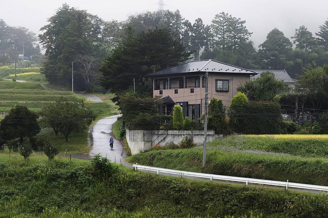 雨の坂道_b0074098_2285627.jpg
