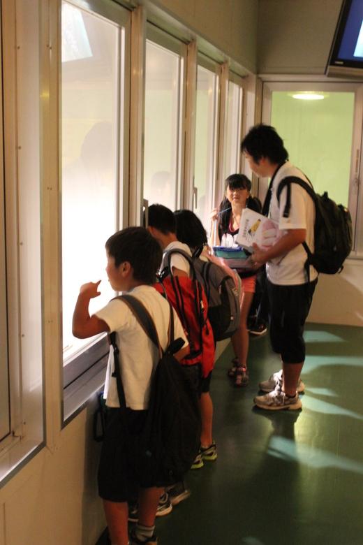 高山小学校3年生社会見学_d0063218_10372035.jpg